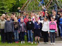 Gruppenbild der Klasse 6b des Förderschulzentrums Görlitz mit der Partnergruppe aus Boleslawiec
