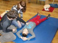 Erste-Hilfe-Kurs für die Schüler aus Lwówek